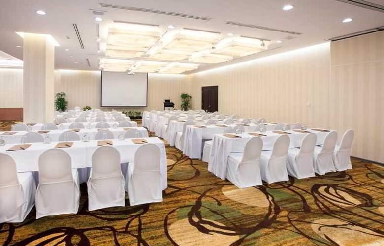 Saigon Prince - Conference - 30
