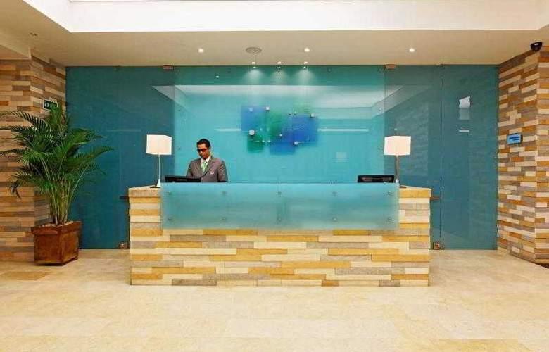 Holiday Inn Express Bogota - General - 25