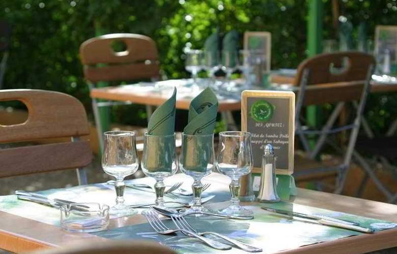 Campanile Aix en Provence - Pont de l´Arc - Terrace - 1