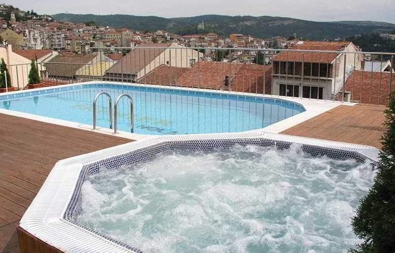 Veliko Tarnovo Hotel Premier - Pool - 5