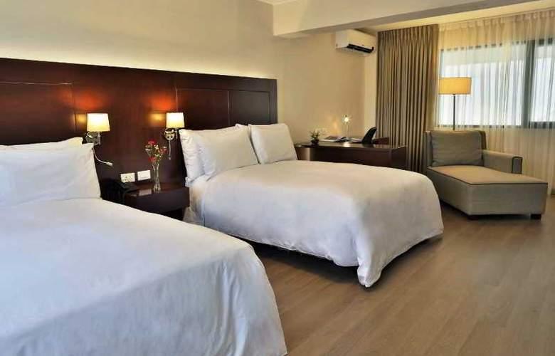 Ananay San Isidro - Room - 11