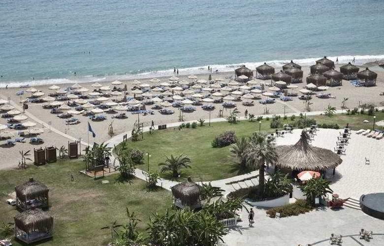 Starlight Convention Center Thalasso & Spa - Beach - 9