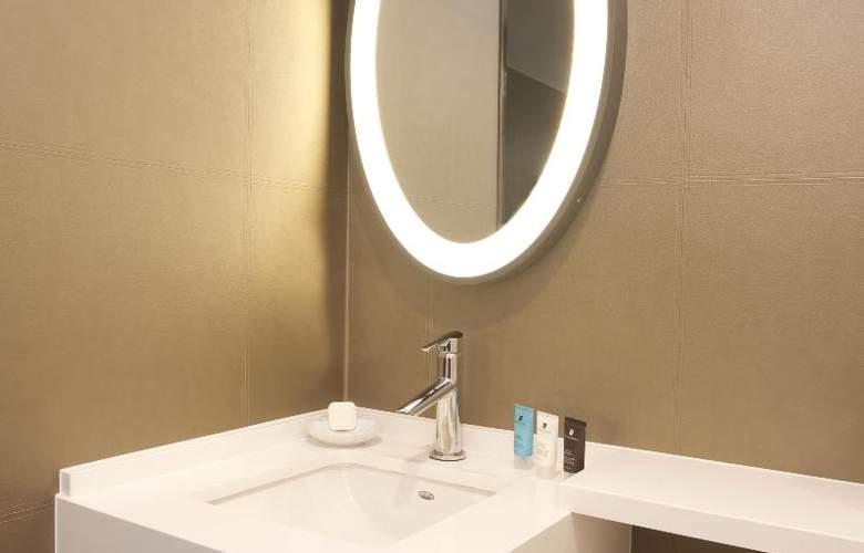 Beverly Hills Marriott - Room - 22