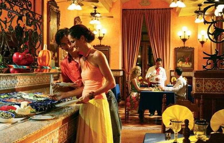 Riu Emerald Bay All Inclusive - Restaurant - 8