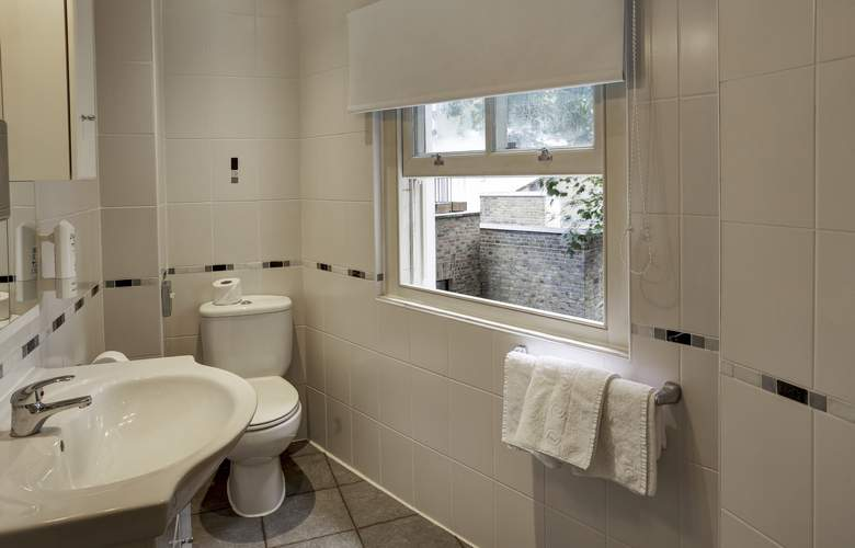 Best Western Victoria Palace - Room - 9
