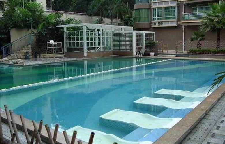 Ramada Plaza Guangzhou - Pool - 3