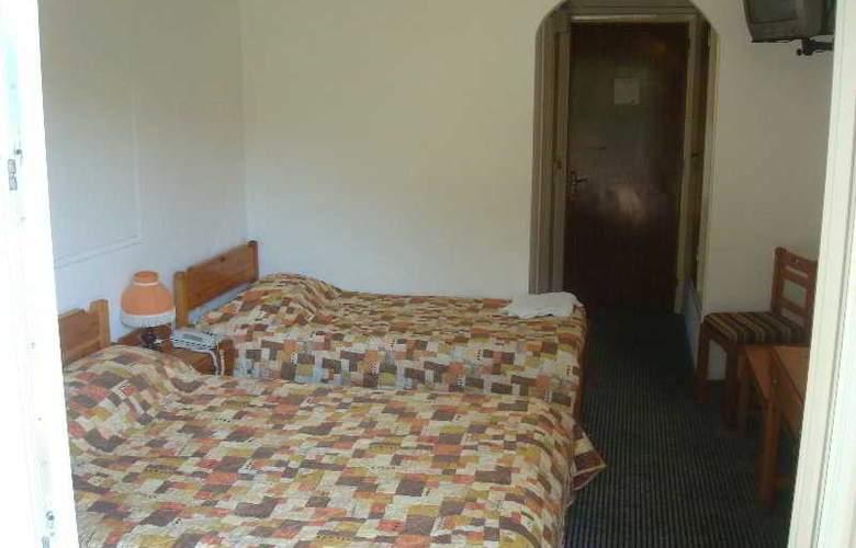 Elizabeth - Room - 6