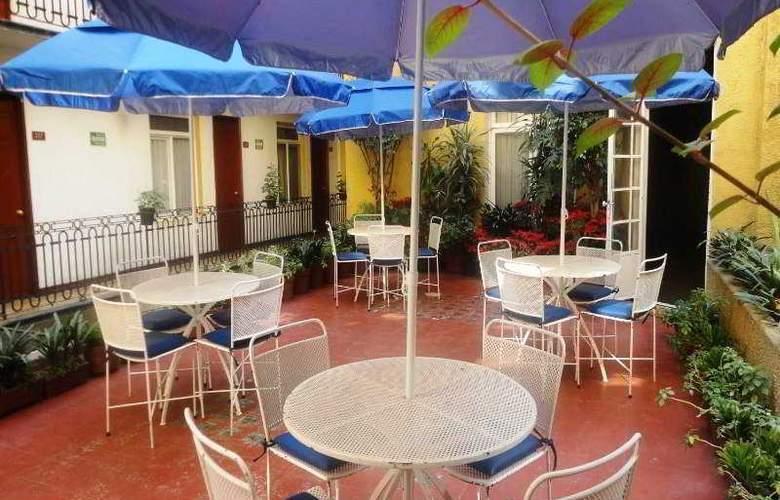 Ritz México - Terrace - 5