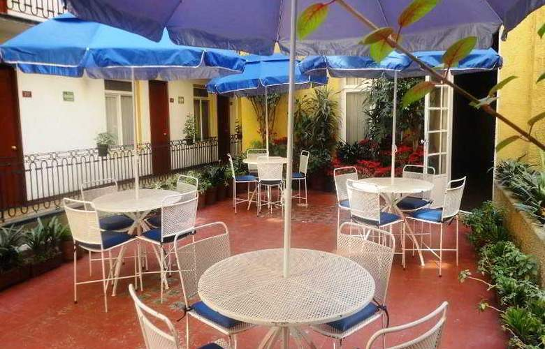 Ritz - Terrace - 5