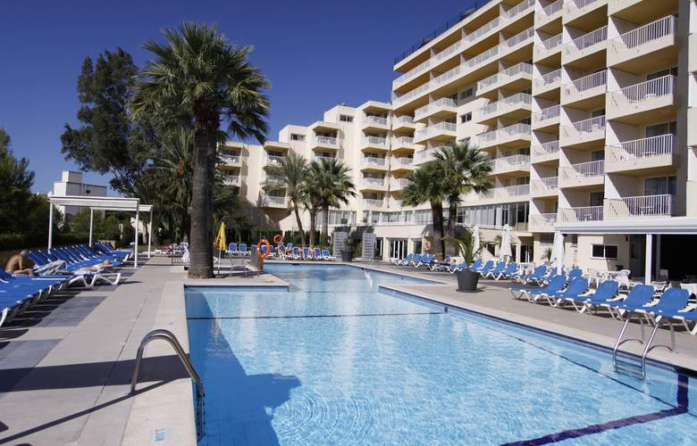 Vistasol Apartments - Pool - 3