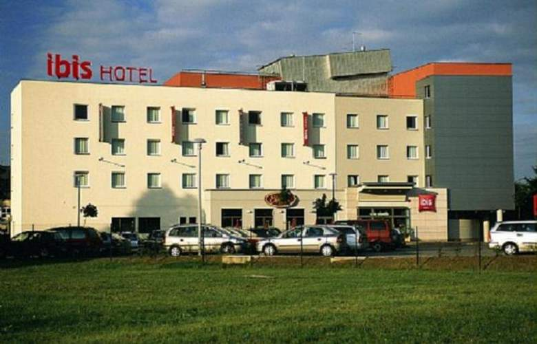 Ibis Czestochowa - Hotel - 0