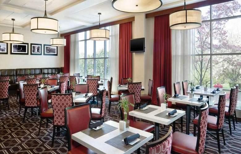 Sheraton Needham - Restaurant - 14