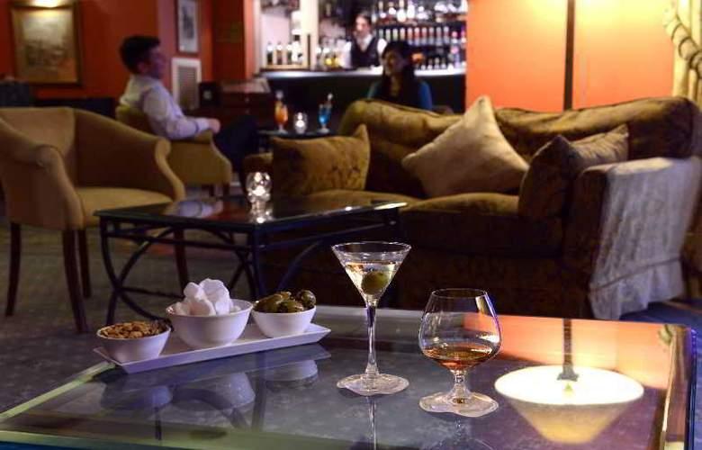 Corinthia Palace Hotel & Spa - Bar - 12