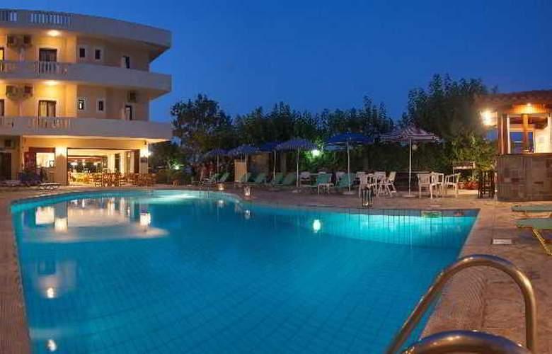 Dimitra Hotel Apartments - Pool - 18
