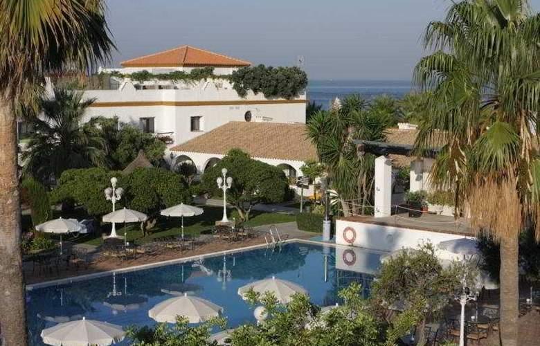 Playa De La Luz - Hotel - 0