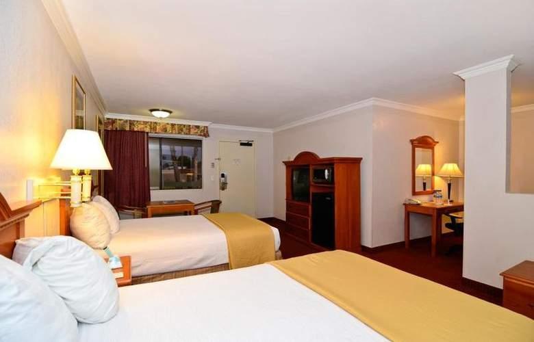Best Western Plus Chula Vista Inn - Room - 19