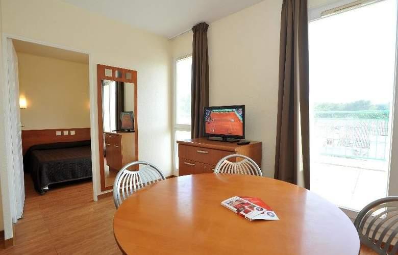 Interhotel Sea Side Park - Room - 11