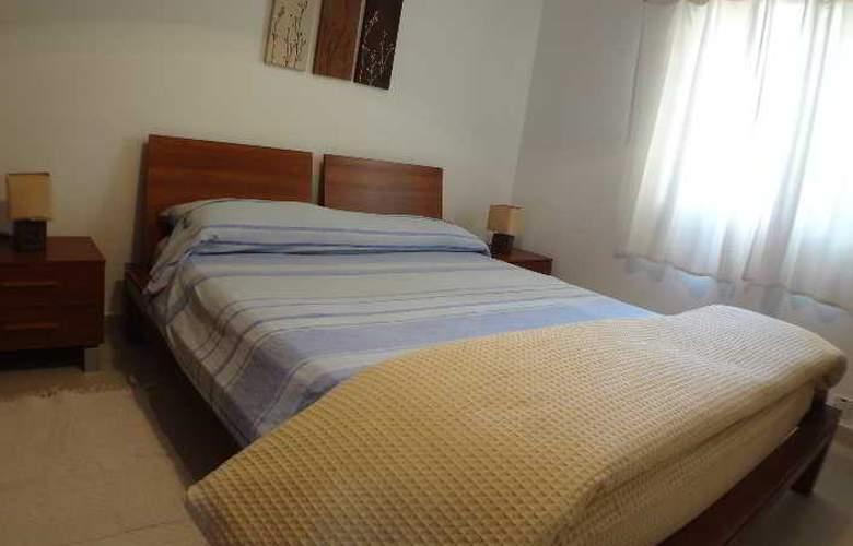 Eri Apartment E004 - Room - 1
