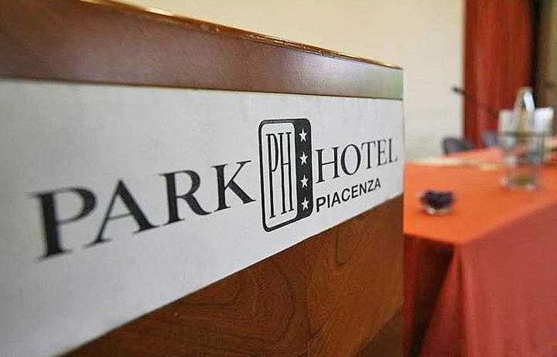 Best Western Park Piacenza - Hotel - 16