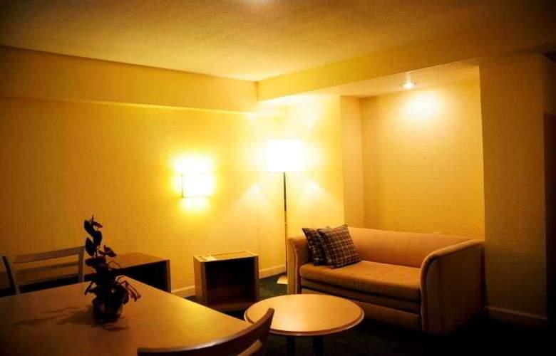 Ambassador Residence Hotel - Room - 6
