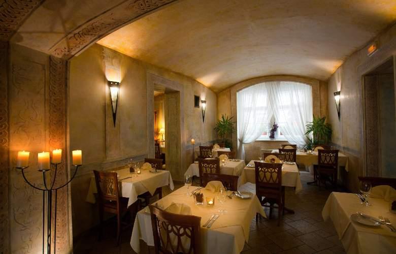 Leonardo - Restaurant - 9