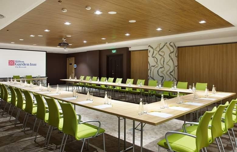 Hilton Garden Inn Ufa Riverside - Conference - 3