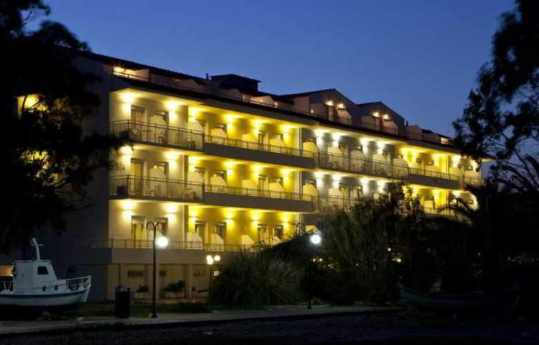 Summery - Hotel - 1