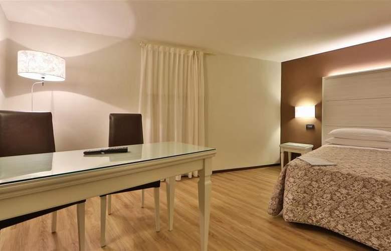 Best Western San Donato - Room - 12
