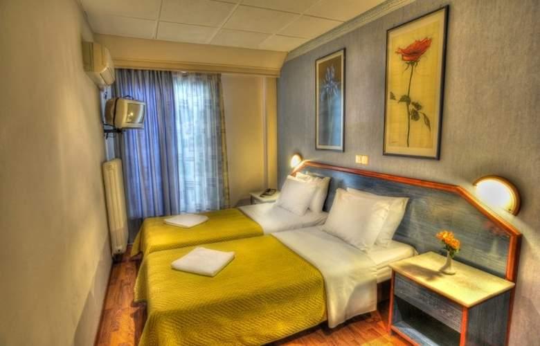 Argo - Room - 7