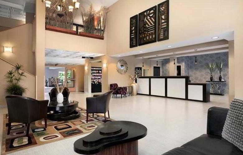 Best Western Plus Peppertree Auburn Inn - Hotel - 28