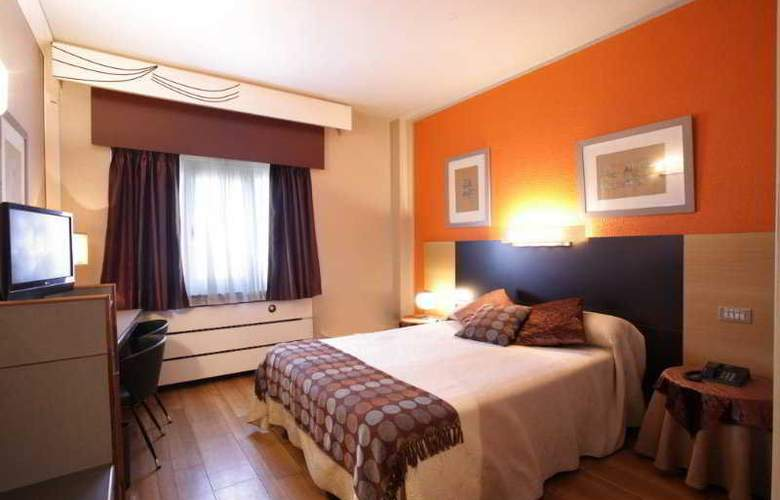 Quindos - Room - 2