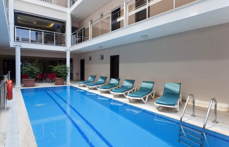 Palmiye Beach Hotel - Pool - 3