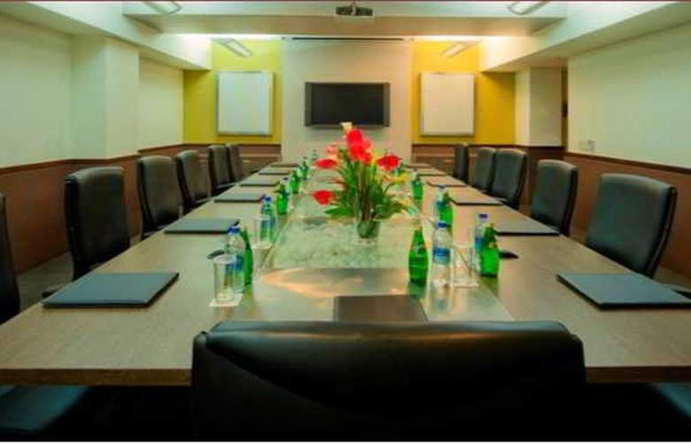 Ramada Chennai Egmore - Conference - 10