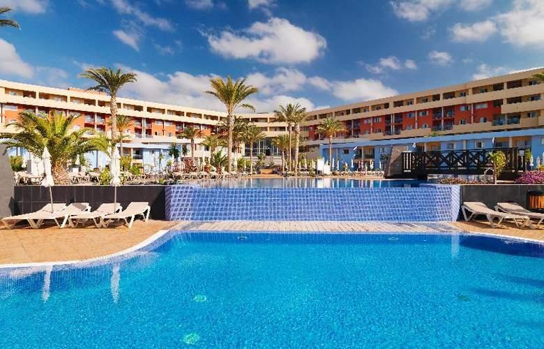 Iberostar Playa Gaviotas Park - Pool - 2