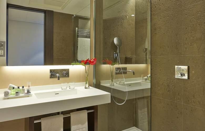 NH Collection Barcelona Gran Hotel Calderón - Room - 14