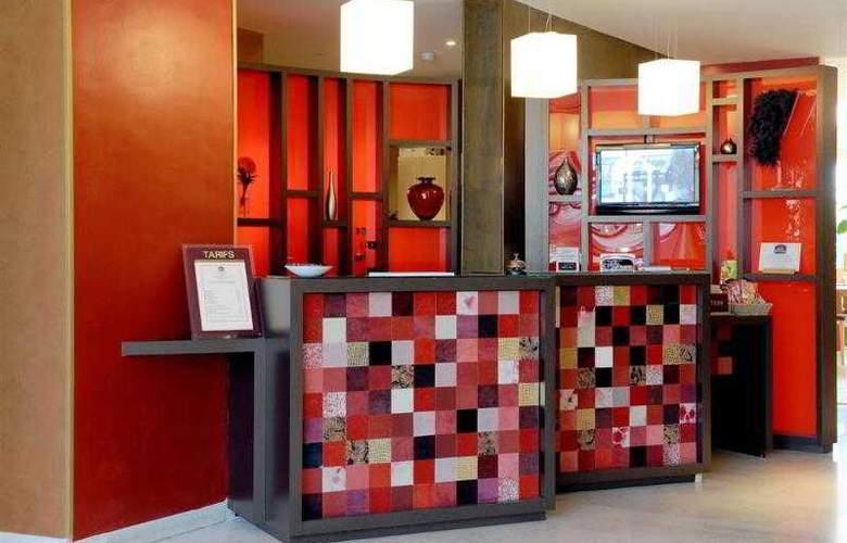 Atrium Arles - Hotel - 11