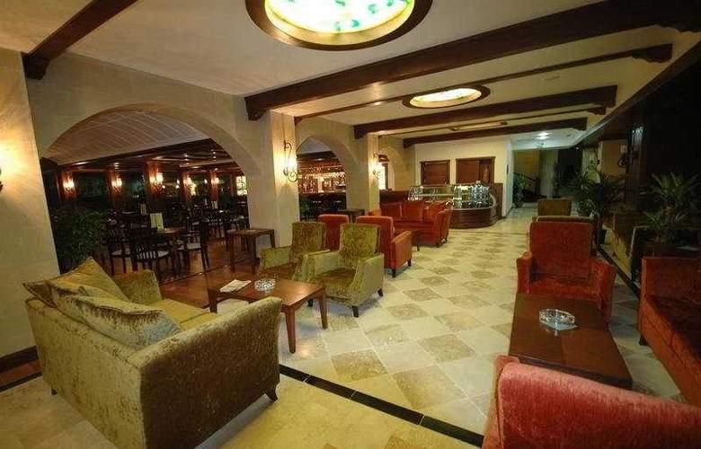 Tourist Hotel - Bar - 8