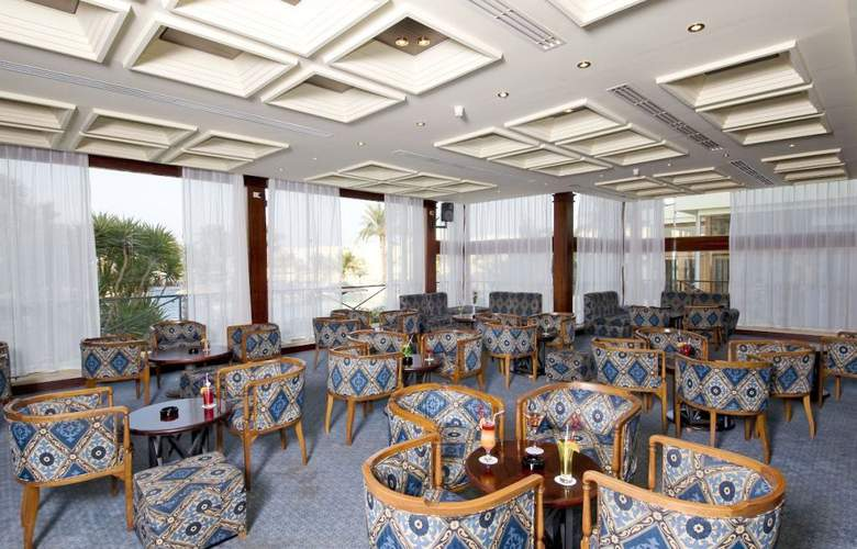 Palm Beach Resort - Bar - 3