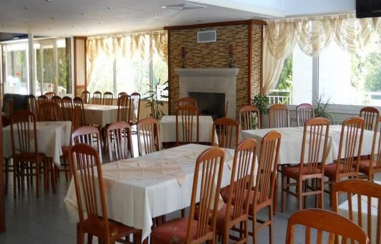Pliska - Restaurant - 8