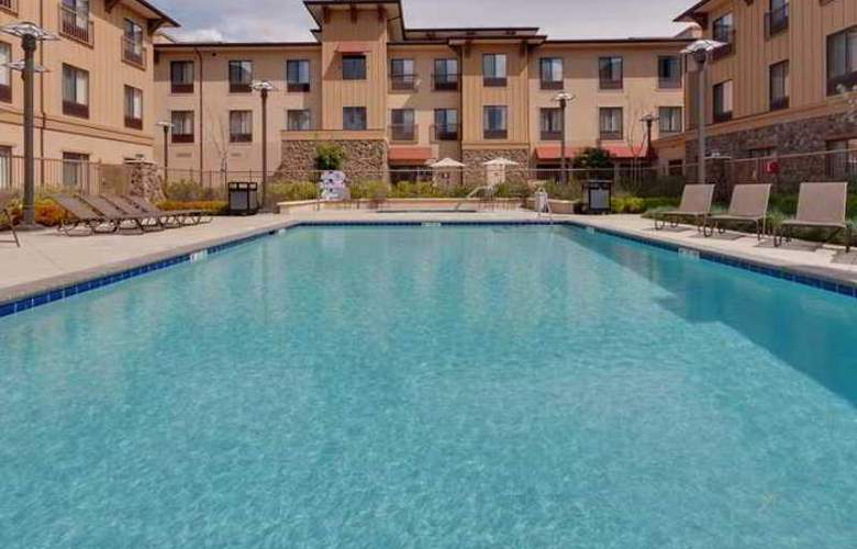Hampton Inn & Suites Windsor - Sonoma Wine Country - Hotel - 3