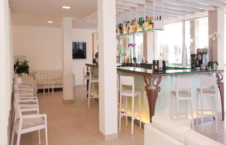 La Pergola Aparthotel - Bar - 61