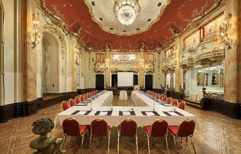 Grand Hotel Bohemia - Conference - 13