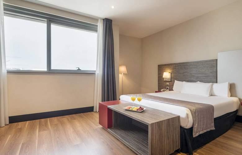 Ilunion Barcelona - Room - 16