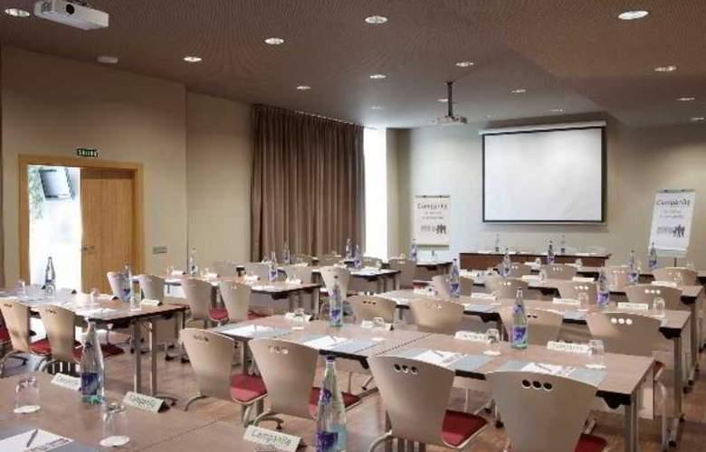 Campanile Malaga Aeropuerto - Hotel - 16