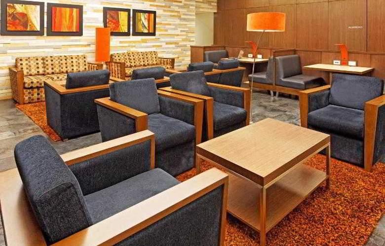 Holiday Inn Express Bogota - General - 24