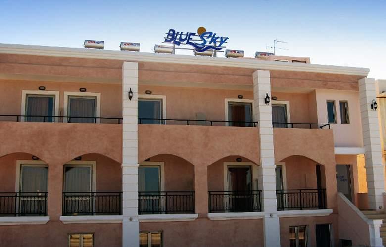 Blue Sky Apartments - Hotel - 5