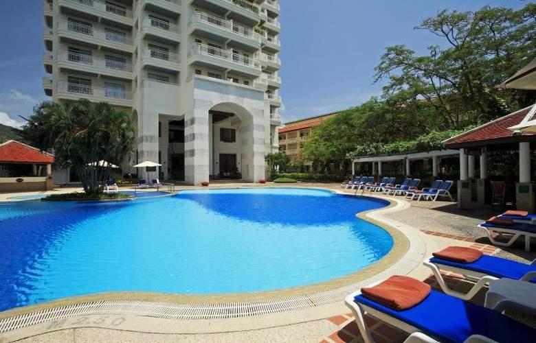 Waterfront Suites Phuket by Centara - Pool - 2