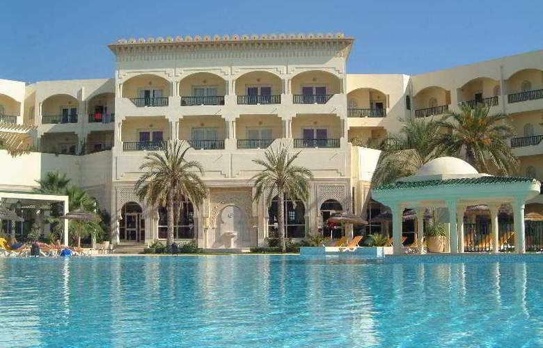 Bravo Hammamet - Hotel - 0