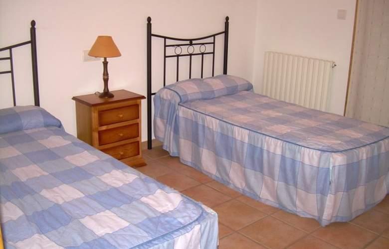 Apartamentos Biescas 3000 - Room - 3