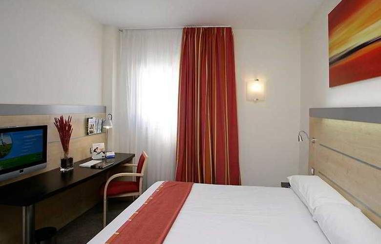 Holiday Inn Express Malaga Airport - Room - 0